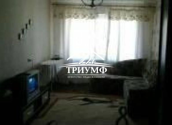 3-комнатная квартира на среднем этаже по улице Комкова!