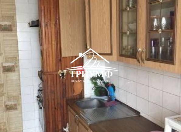 3-комнатная квартира с просторной кухней по улице 49 Гвардейской Дивизии!