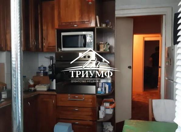 4-комнатная квартира с автономным отоплением в районе Таврический!