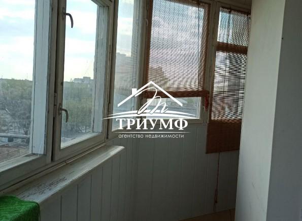 2-комнатная квартира в Центре с ремонтом на 3 этаже!!!