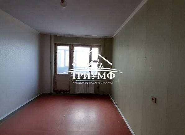 Без комиссии!!! 4к квартира на 4-ом Таврическом!