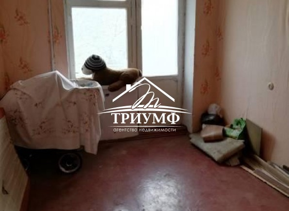 Без комиссии!!! 3-х комнатная квартира в УкрНиозе!