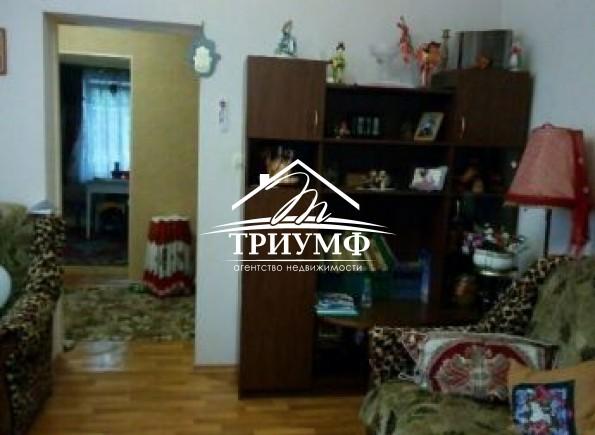 3-комнатная квартира в центре по улице Артема