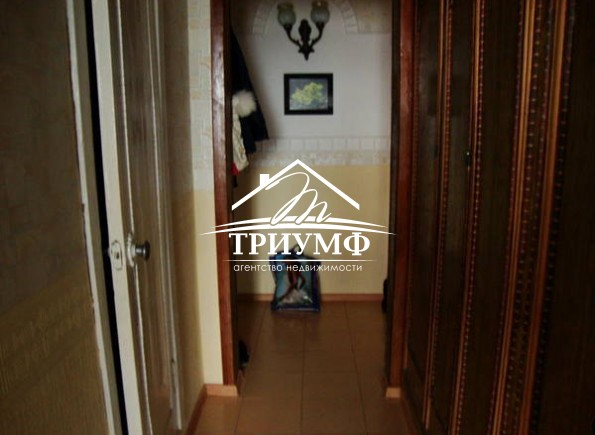 Продается 3 комнатная квартира в Центре по улице Степана Разина