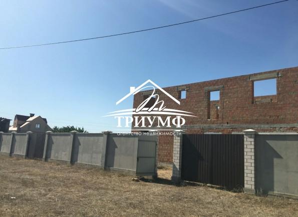 Недостроенный дом  в районе Янтарного.