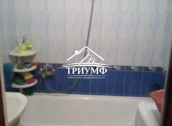 2-комнатная квартира в центре Камышан !