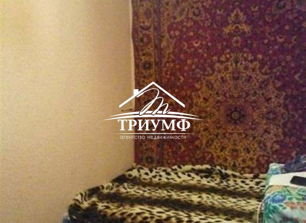 1-комнатная квартира на 2-м этаже по улице 40 лет Октября!