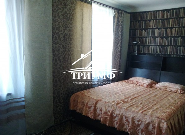 2-х комнатная квартира с мебелью и техникой  в Центре!