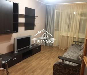Продается отличная 2-х комнатная квартира распашонка в Цетре