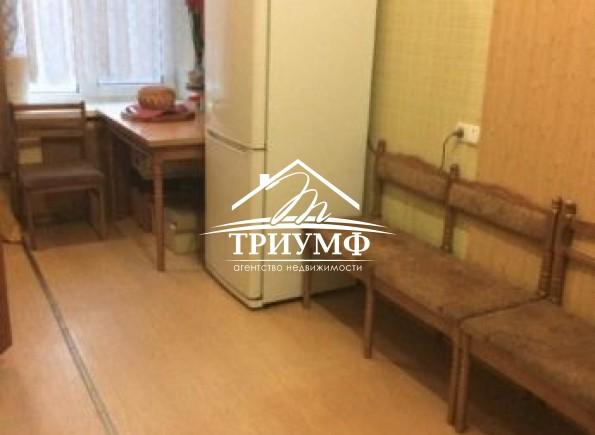 2-комнатная квартира на 2-м этаже по улице Коммунаров!
