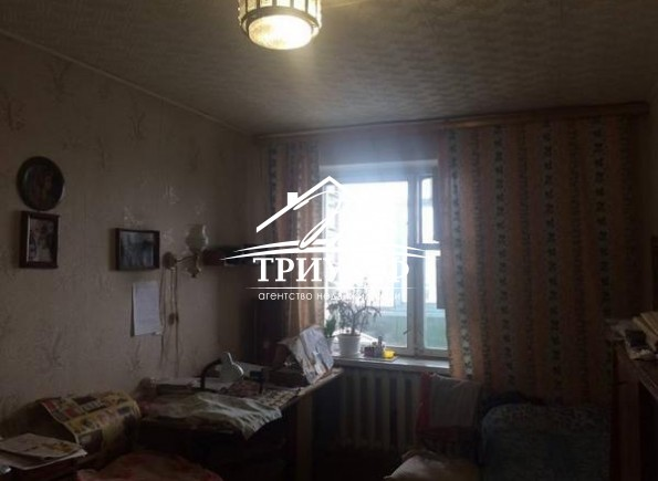 Большая 4-комнатная квартира площадью 81 кв.м. по улице Уварова!