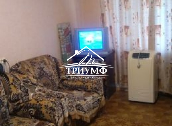 Продам 3-комнатную квартиру на Жилпоселке