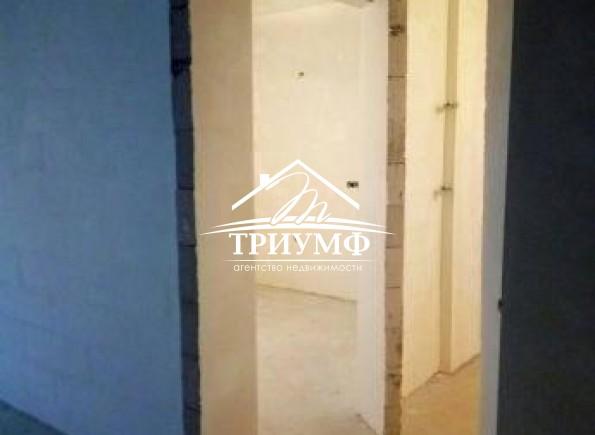 2-комнатная квартира  в новом доме по улице Патона!