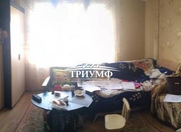 4-х комнатная квартира в хорошем жилом состоянии на Жилпоселке!