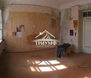 Продается 3-х комнатая квартира на ХБК под ремонт