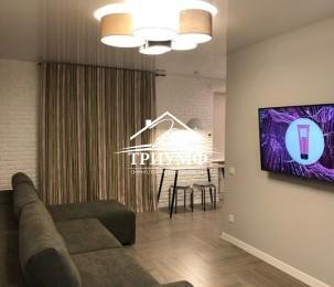 3-комнатная квартира с евроремонтом в Центре