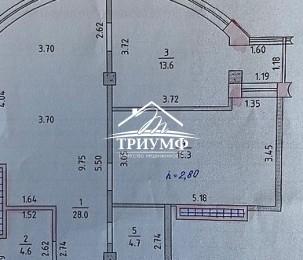 Продается просторная 2-х комнтаня квартира в Новострое