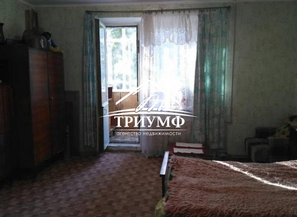3-х комнатная квартира в центре с видом на Днепр