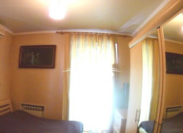 2хкомнатная квартира в Центре по улице Суворова.