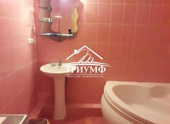 Отличная 2-комнатная в долгосрочную аренду по улице Лавренева!
