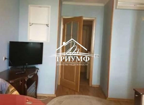 По проспекту Текстильщиков продается 3хкомнатная квартира