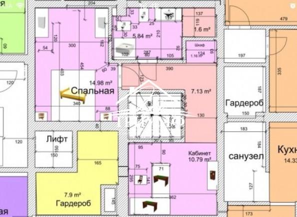 Двухуровневая квартира в элитном  новострое в Центре