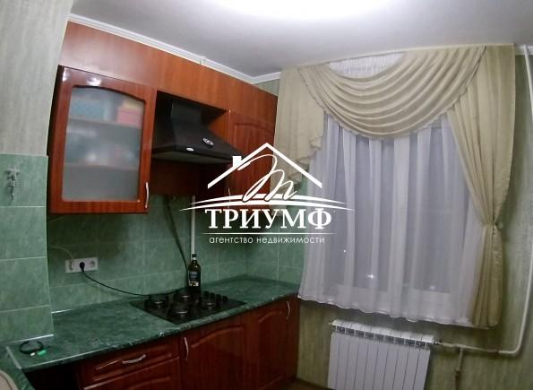 2-комнатная квартира с ремонтом в районе Острова