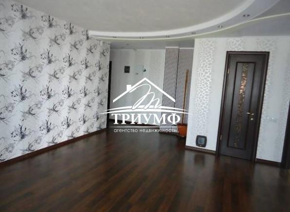 Замечательная 4-комнатная квартира по улице Покрышева!