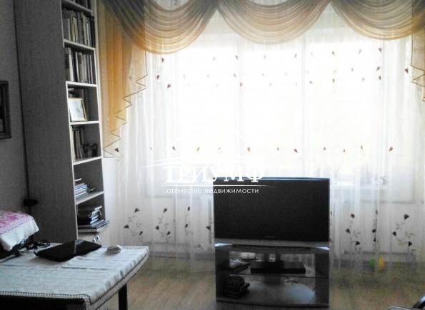 3 комнатная квартира на Таврическом