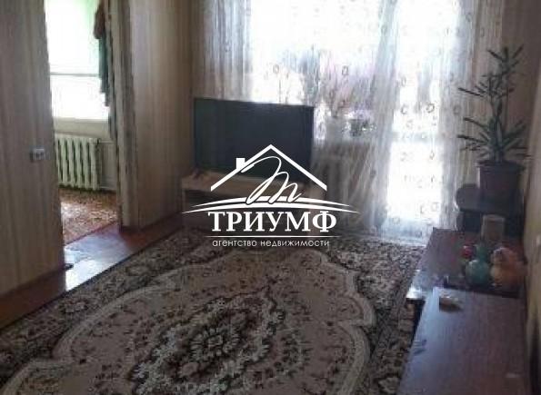 По улице Рабочая на Шуменском продается  4хкомнатная квартира