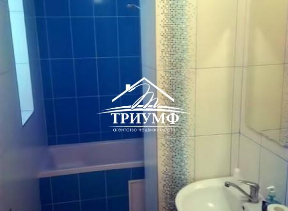 2-хкомнатная квартира в самом Центре города по проспекту Ушакова!