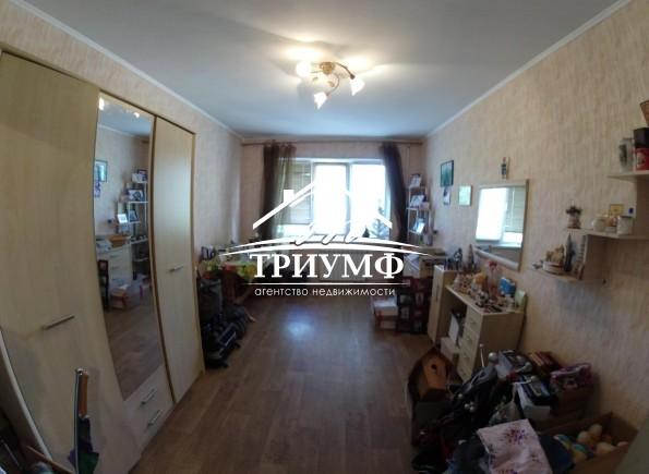 3-комнатная квартира на Таврическом