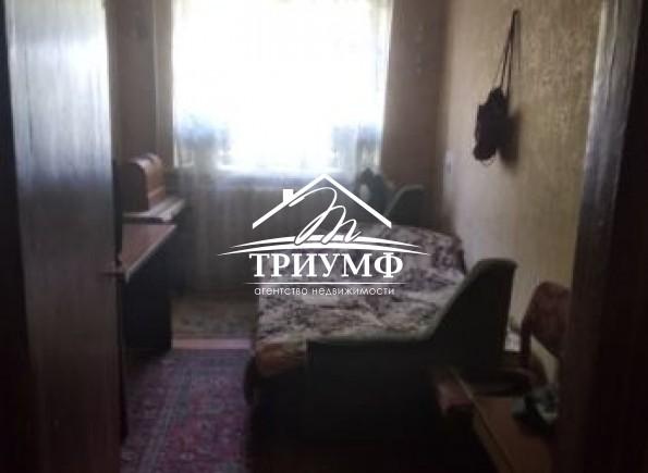 Квартира с возможным использованием под коммерцию!