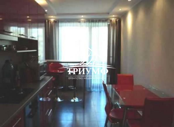 Стильная квартира в Центре с евроремонотом и  автономным отоплением с мебелью и техникой!