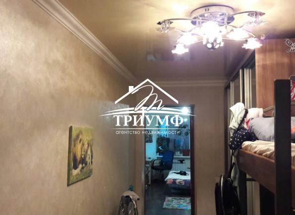 2-комнатная квартира в центре Жилпоселка!
