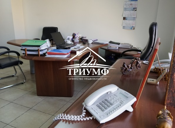 Просторный офис в центре города в элитном здании