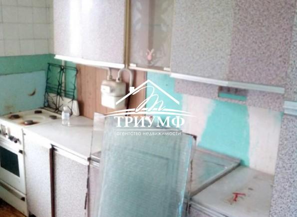 3-комнатная квартира на среднем этаже по улице Репина!