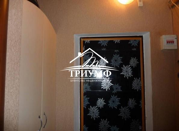 1 комнатная квартира в хорошем жилом состоянии на Таврическом!