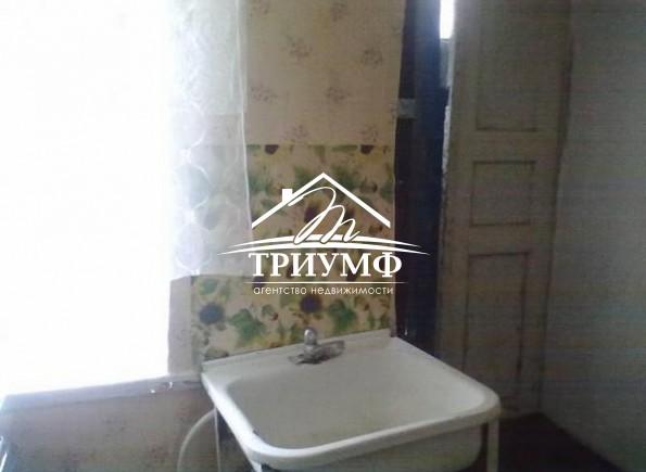 3-комнатная квартира под ремонт по улице Коммунаров!