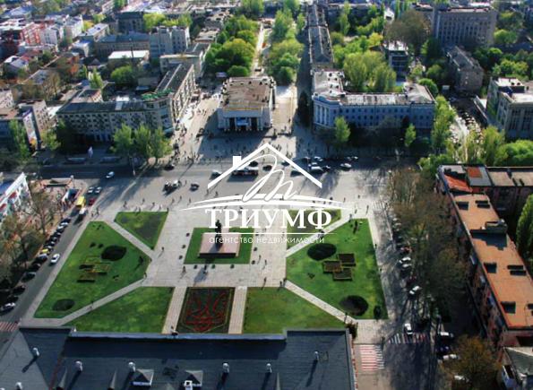 В самом сердце города - 3хкомнатная квартира на площади Свободы
