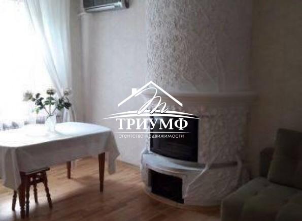 2-комнатная  дизайнерская квартира по проспекту Ушакова.