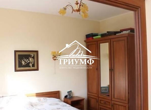 4-комнатная квартира с качественным ремонтом в районе Таврический!