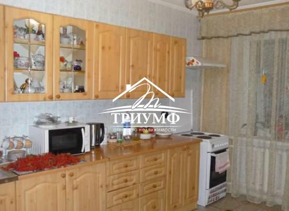 Квартира шикарной площадью в 120 кв.м на Таврическом!!!