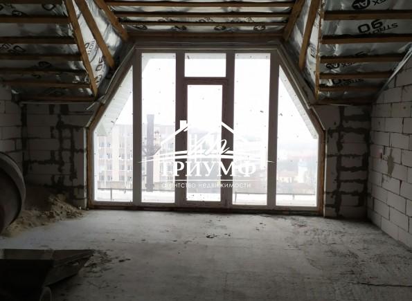 3 комнатная квартира в центре с панорамными окнами с видом на реку