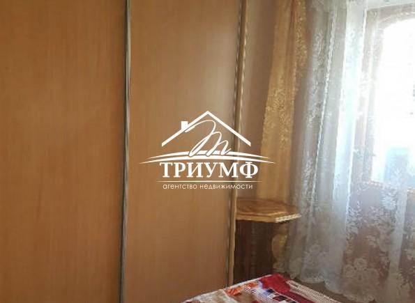 Трехкомнатная квартира с автономным отоплением на 4-м Таврическом! Третий этаж!