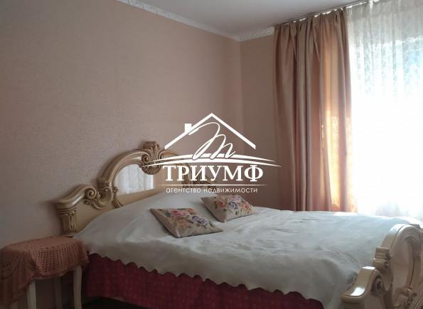 3-комнатная квартири  в районе Острова по улице Патона