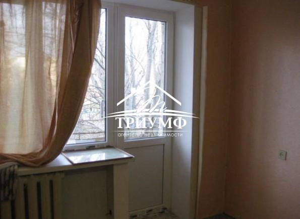 2-х комнатная в отличном районе на Шуменском.