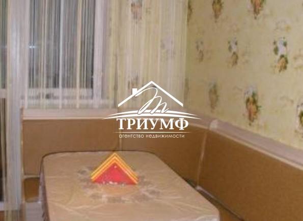 Просторная 3-комнатная квартира на среднем этаже по улице Покрышева!